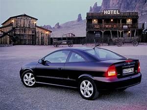 Opel Astra 2001 : opel astra coupe 2000 2001 2002 2003 2004 2005 2006 autoevolution ~ Gottalentnigeria.com Avis de Voitures