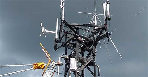 tralicci per radioamatori traliccio antenne radioamatori con angolare montante scaffali