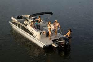 Deck Boat Vs Pontoon Boat by 10 Top Pontoon Boats Of 2013 Boats Com