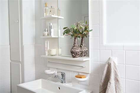 clean pristinea bathroom facelift eyeswoon