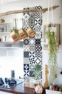 revetement mural adhesif pour cuisine kirafes With revetement mural adhesif cuisine