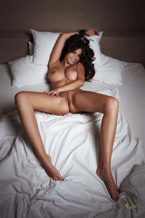 Halsey Nude Pics Tubezzz Porn Photos | CLOUDY GIRL PICS