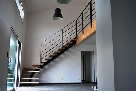 fabricant de re d escalier escalier toulouse limon central 1 quart tournant d 233 billard 233 marches balanc 233 es