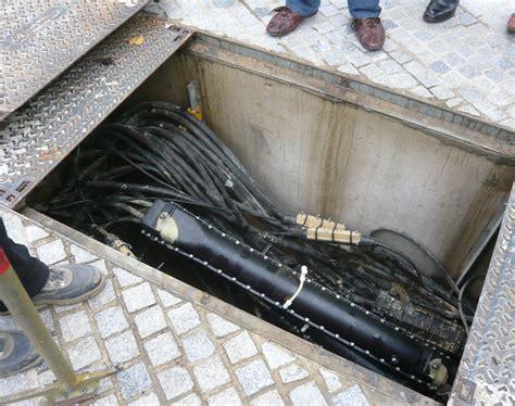 chambre de tirage fibre optique remplacement du cuivre par de la fibre a manhattan après l