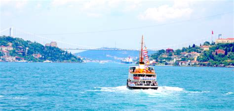 Boat Tour Istanbul by Boat Tour On The Bosphorus