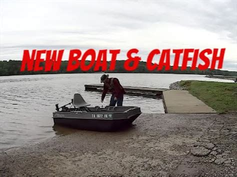 Sun Dolphin Boats Reviews by Sun Dolphin 2 Bass Boat Review Doovi