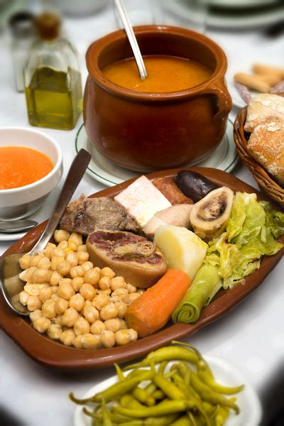 17th century cuisine recette espagnole cocido madrileño