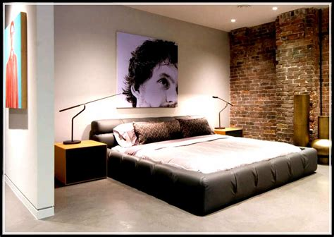 simple small bedroom designs look humble and low profile with the simple bedroom design 17070