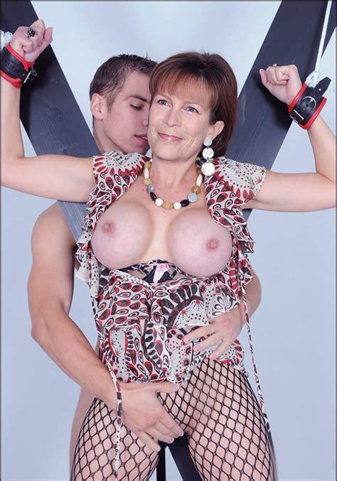 Jamie Lee Curtis ~ mature celeb fakes - PornHugo.Com