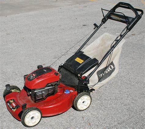22' Toro Recycler Push Lawn Mower For Rent In Iowa City, Ia