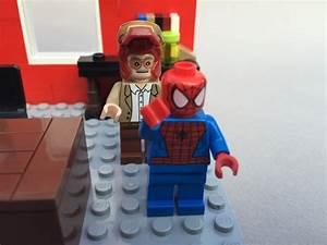 LEGO Ideas - Stan Lee's Office