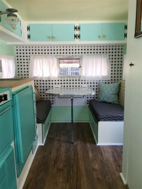 Decorating Ideas Vintage Travel Trailer by 25 Best Ideas About Trailer Interior On