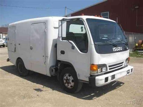 Isuzu Npr 12 Foot Tru-green Sprayer Truck (2003)