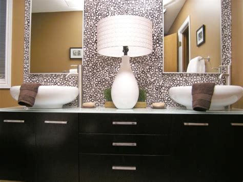 Black Bathroom Mirrors by 10 Beautiful Bathroom Mirrors Hgtv