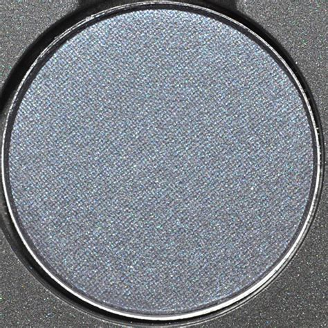 mac trend fw  collection review tone grey eyeshadow quad