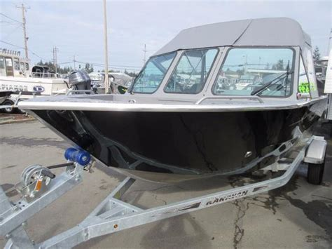 Used Pontoon Boats For Sale Craigslist Oregon by New And Used Boats For Sale In Florence Co