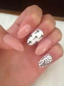 Nail designs for almond shaped drama queen nails the almond view images almond shape nail art designs prinsesfo Gallery