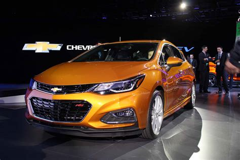 2017 Chevrolet Cruze Hatchback Looking Pretty Sweet In