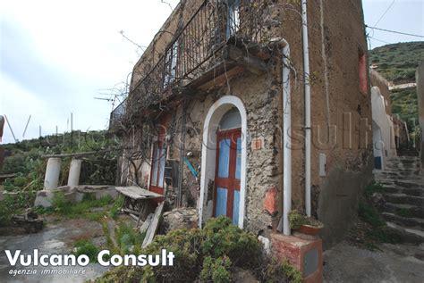 vendesi casa vendesi casa tonna pietra alicudi id9065
