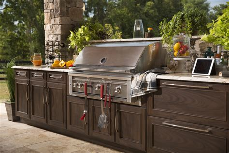 outdoor kitchen cabinets and more outdoor kitchens and more trex outdoor kitchens 7231
