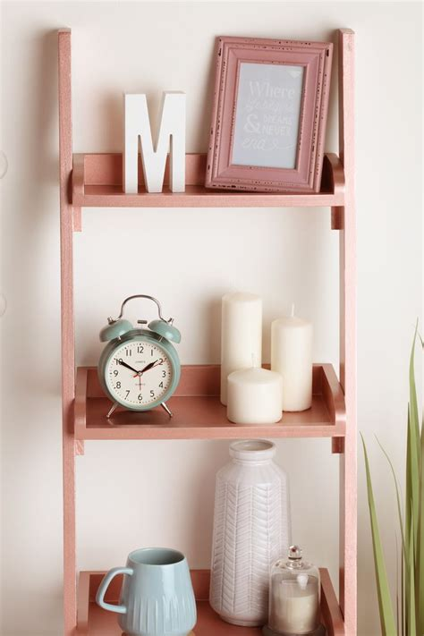style  home  rose gold  wooden ladder