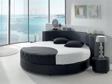 chambre a coucher avec lit rond trendy ensemble literie sommier et matelas u conforama