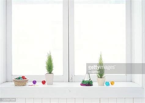 Windowsill Bay by World S Best Bay Window Stock Pictures Photos And Images