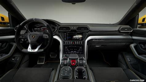 2019 Lamborghini Urus - Interior, Cockpit