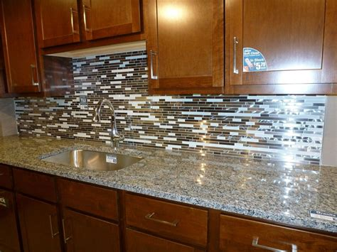 pic of kitchen backsplash glass tile kitchen backsplashes pictures metal and white