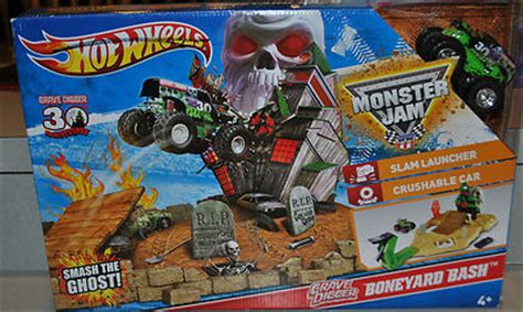 grave digger 30th anniversary monster truck toy wheels monster jam 30th anniversary grave digger