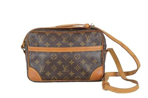louis vuitton trocadero monogram unusable sticky pockets