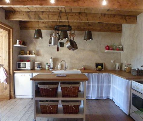 rideaux meuble cuisine cuisine de cagne photo 2 4 cuisine ouverte sur le salon meuble en acier et