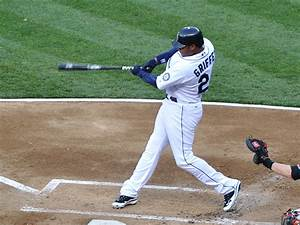 Ken griffey jr in the baseball hall of fame bob schwartz for Küchengriffe