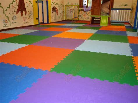 tappeti antitrauma per bambini tappeti polymat pavimento antitrauma bambini codex srl