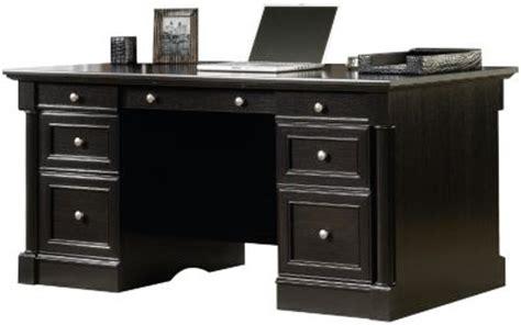sauder avenue eight executive desk homemakers furniture