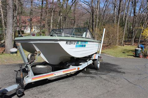 1970 Crestliner Boat by Crestliner Boat Motor And Trailer 1970 For Sale For 850