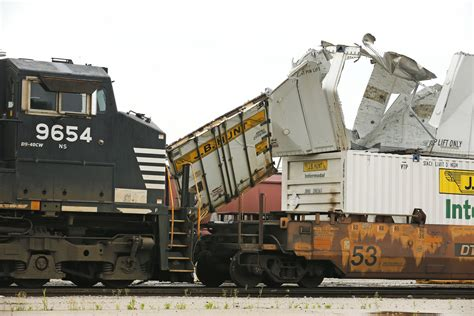 Bnsf Service Halted By Collision