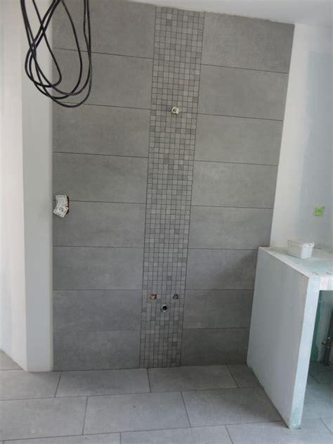 photo quot salle de bain du haut emplacement vasque quot carrelage fa 239 ence deco sdb