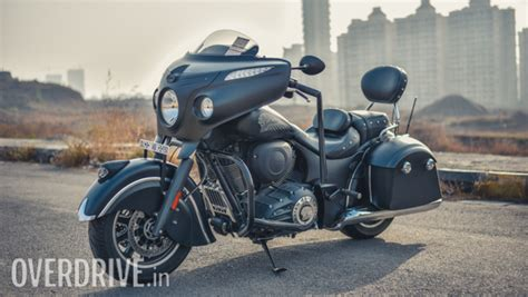 2017 Indian Chieftain Dark Horse Road Test Review
