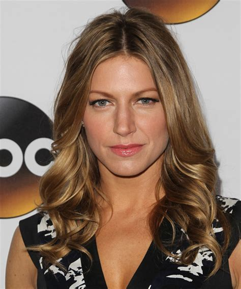Jes Macallan Hairstyles for 2018   Celebrity Hairstyles by