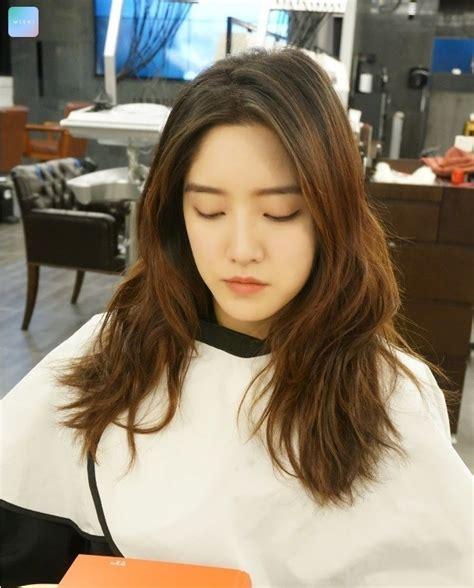 wavy layered cut kpop korean hair  style