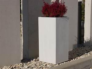 Pflanzkübel Weiß Rund : pflanzk bel der gartenschau baden w rtt aus fiberglas in perlwei 30x30x60 cm bei east west ~ Whattoseeinmadrid.com Haus und Dekorationen
