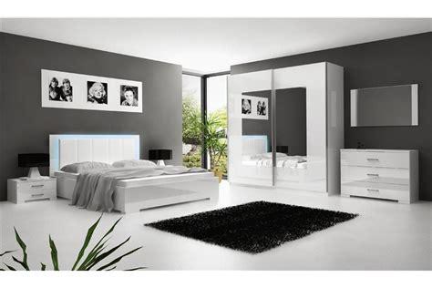 comment décorer une chambre à coucher adulte comment décorer une chambre a coucher adulte ciabiz com