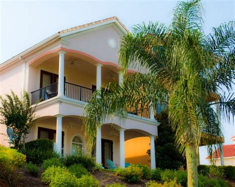Luxury 4 Bedroom Vacation Home In Reunion R...