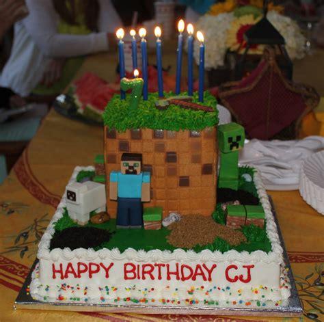 coolest minecraft birthday cakes  created spaceships  laser beams
