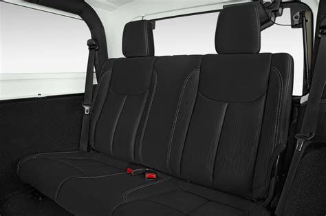 jeep wrangler backseat 2016 jeep wrangler reviews and rating motor trend