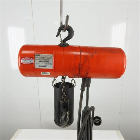 cm lodestar model   ton electric chain hoist  lift fpm   ph
