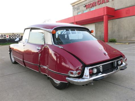 Citroen For Sale Usa by Classic 1972 Citroen Ds21 Ds 21 Pallas Damaged Wrecked