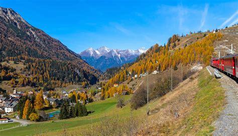 From schwyz, the canton for which switzerland is named. Erlebnisreise Schweizer Alpen - Bahnreise durch die Alpen