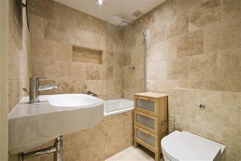 carrelage travertin salle de bain  comment le choisir
